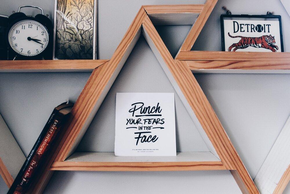 Modern popular font on card in bookshelf