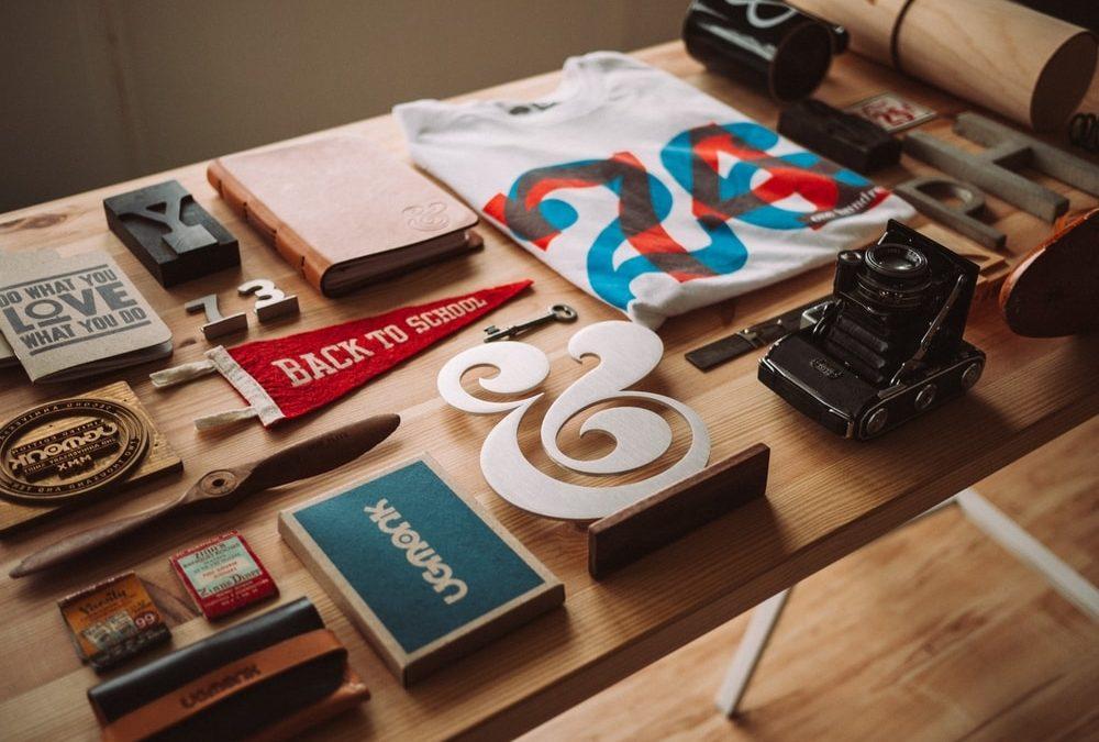 Outdoor Fonts | 9 Top Retro & Vintage Typefaces